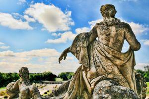 1159763_vaux_le_vicomte_-_statue